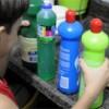 Produtos de limpeza clandestinos: um grande risco para as crianças e toda a família.